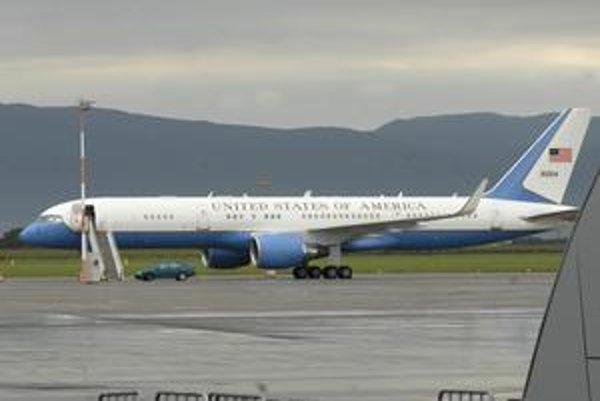 Boeing nepriviezol Baracka Obamu, ale jeho generálov.