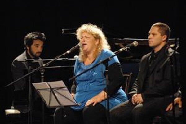 Rómska balada. V československej premiére ju predstavila Ida Kelarová v košickom Kulturparku.