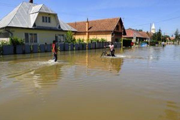 Júnové záplavy v Čani.