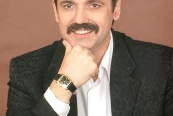 Peter Pačut alias Freddie Mercury.
