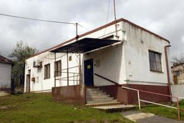 Pošta 17 v Barci sídlila v čase prepadu v tejto budove