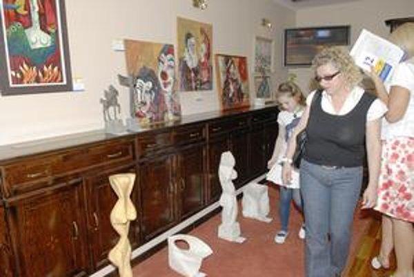 Aukcia Lion Art ponúkla 120 diel. Nových majiteľov si našla presne polovica z nich.