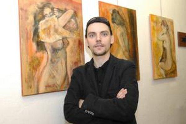 Mladý talent, Košičan Viktor Kvoriak, premiérovo prezentuje akty i abstraktné diela.
