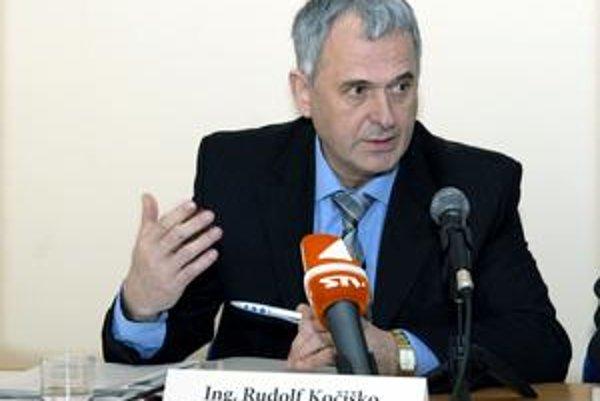 """Technický riaditeľ VVS. """"Stav kanalizácií bez majiteľa sa neustále zhoršuje,"""" tvrdí R. Kočiško."""