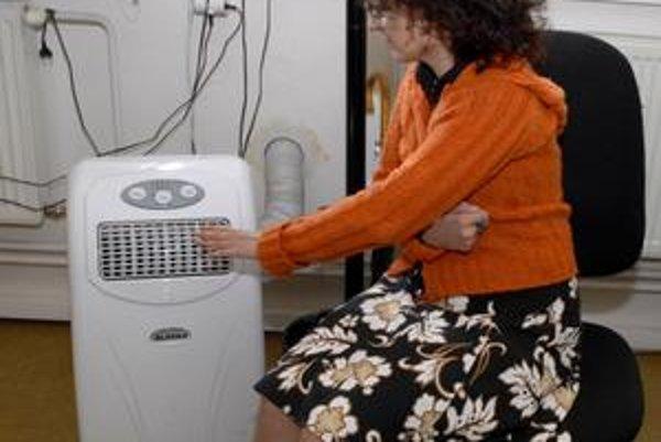 Klimatizácia môže spôsobiť zdravotné komplikácie. Po viac ako 4 hodinách ju treba vypnúť.