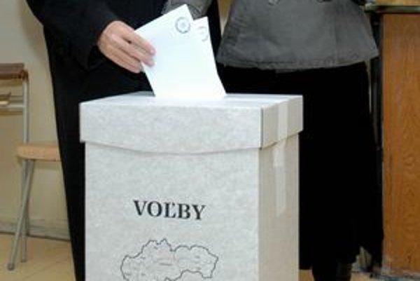 V Košickom kraji sa županský súboj reálne zúžil na dvoch kandidátov.