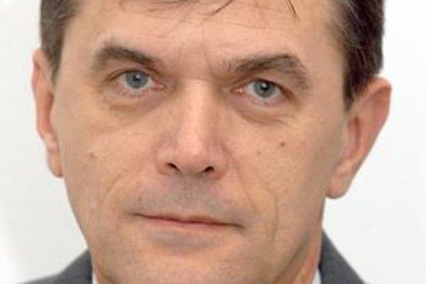 Alfonz Halenár, nezávislý poslanec.