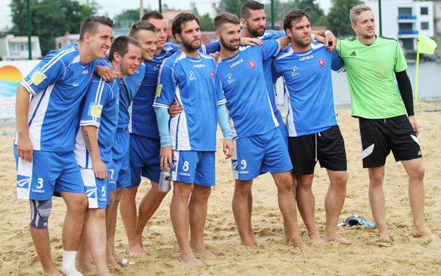 Za víťazný tím BSC Artful Bratislava hrali bratia Kostolániovci a Andrej Hesek.