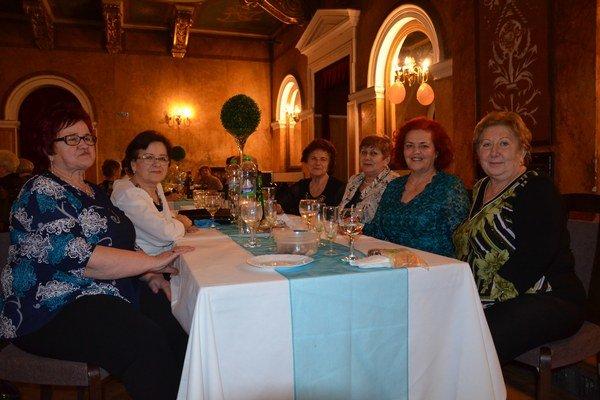 Bavili sa. Ples siužívali aj členky Združenia žien Slovenska.