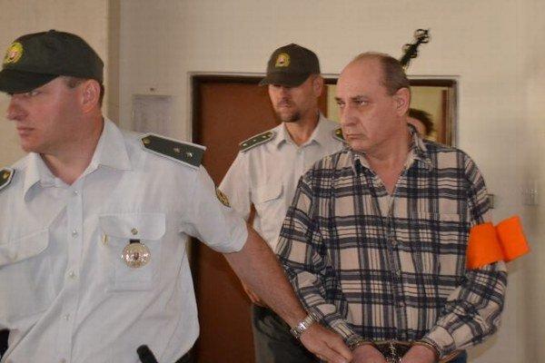 Jozef A. Stojí pred súdom kvôli vražde syna.