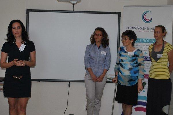Ambasádorka Andrea Pálffy Belányi (vľavo) spolu s prešovským tímom CVI.