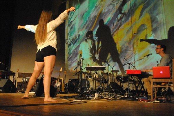 COIMP. Spojenie hudby, tanca a grafity.