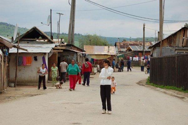 Osada v Jarovniciach. Bojujú tu s mumpsom.