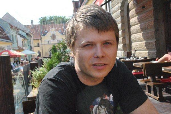 Martin Mihály. Jeden z dvojice ocenených architektov.