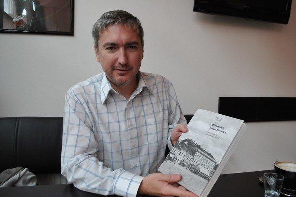 Peter Himič. Autor novej divadelníckej publikácie.