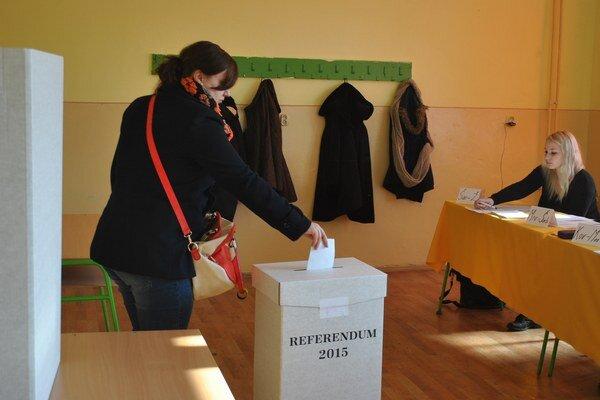 Referendum. Nie je platné, v Prešovskom kraji prišlo najviac ľudí.