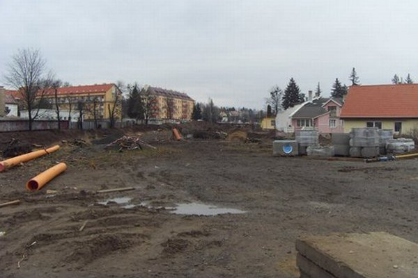 Stavba na Kuzmányho.