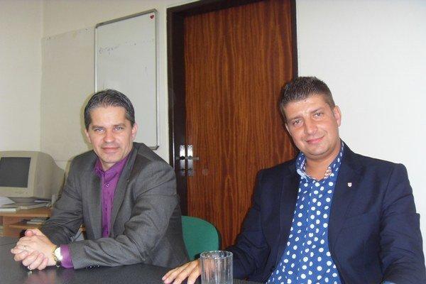Miroslav Benko a Rudolf Dupkala. Trvajú na tom, aby sa im prednostka ospravedlnila.