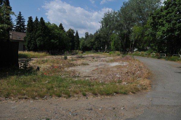 Kuzmányho ulica. Väčšinu objektov už zbúrali.