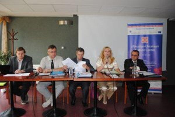 Odborníci z oboch strán Schengenu. Na medzinárodnej akcii Slovensko-ukrajinské kultúrne centrum.