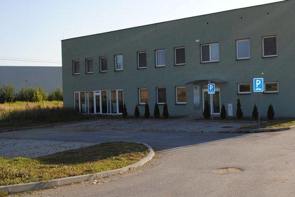 Sídlo IPZ Prešov, a. s. Firmu mesto zlikviduje a kompetencie presunie na Real Prešov.