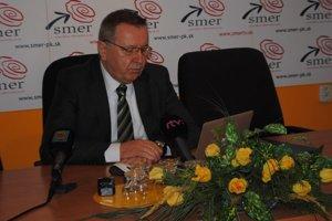 Stanislav Kubánek. Pustil sa do kandidáta stredo-pravých strán.