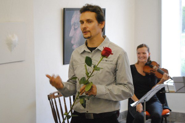 Kamil Jurašek. Má premiéru v Šarišskej galérii v Prešove.