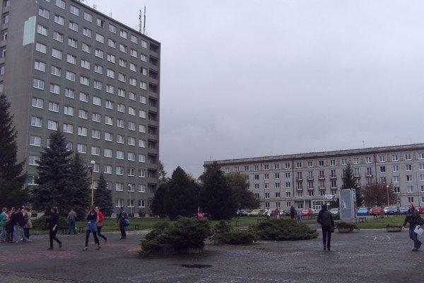 Prešovská univerzita. Má dlhý zoznam priorít.