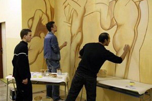 Mladí umelci. V SUŠ vládne tvorivý duch v rôznych oblastiach.