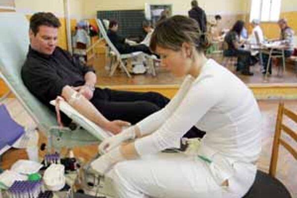 Oslavy Valentína by sa mali priaznivo prejaviť aj v počte darcov krvi.