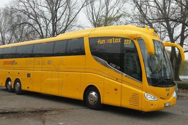 V Nitre žlté autobusy zatiaľ nechcú, nikto ich vraj nepotrebuje.