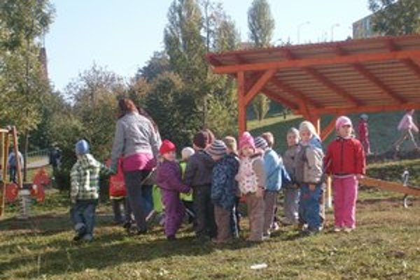 Deti  z MŠ na Jurkovičovej. Čoskoro k nim prídu noví kamaráti.