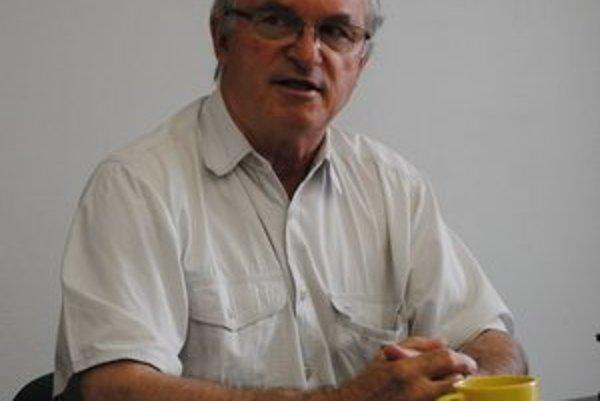 Vladimír Kohut. Organizoval športový život, ale aj učil a písal učebnice.