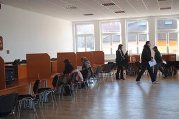 Klientské centrum. Jeho sídlo je na Hviezdoslavovej ulici za budovou DÚ I.