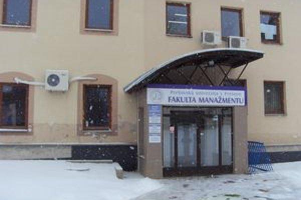 Vedenie Fakulty manažmentu. Zaviedli novinku – SCIO test.