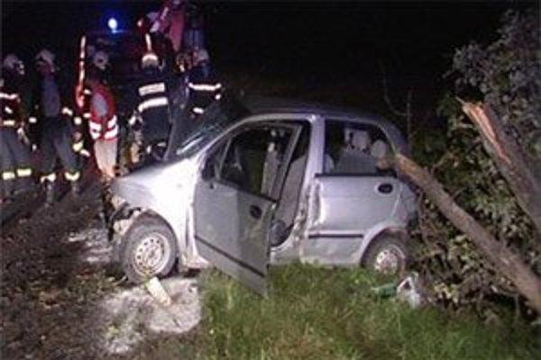 Vážnu nehodu spôsobil opitý vodič, navyše mal úradný zákaz šoférovať.