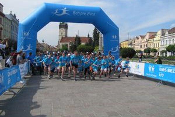 Beh pre život. V Prešove tento rok bežalo rekordných 3 700 ľudí.