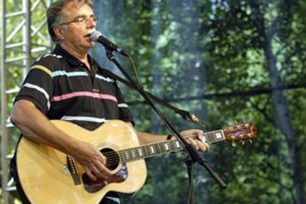 Pavol Hammel Väčšina ľudí ho pozná ako muzikanta.