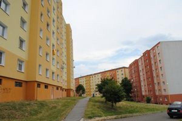 Nehnuteľnosti v Prešove. Majitelia bytov či domov si priplatia.