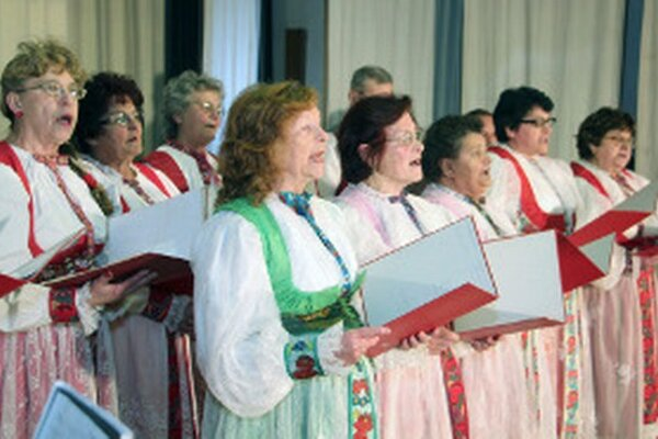 Vystúpenie speváckej skupiny Schmiedashauer z Tužiny.