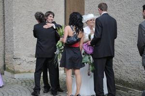 Májové svadby. Môžu dopadnúť aj dobre...