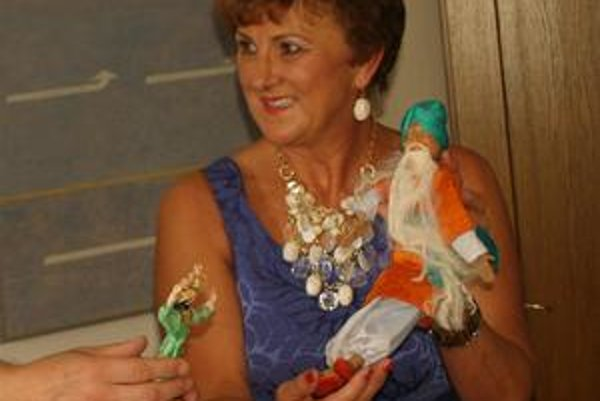 Lýdia Elizabeth Pitra. Svoju zbierku bábik venovala Múzeu v Stropkove.