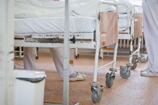 Starší pacienti lepšie vedia, čo môžu v nemocnici očakávať.