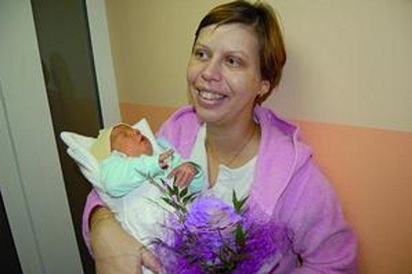 Slávka so synčekom Borisom. Narodil sa v magický dátum 20. 10. 2010.
