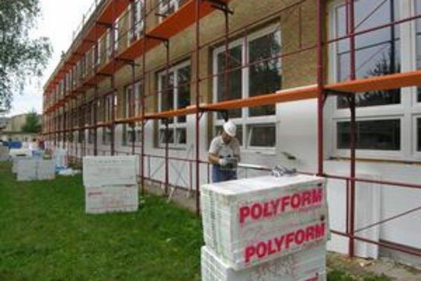 Rekonštrukcia na ZŠ Lesnícka. Združenie chce ponúknuť rady aj pri obnove škôl.