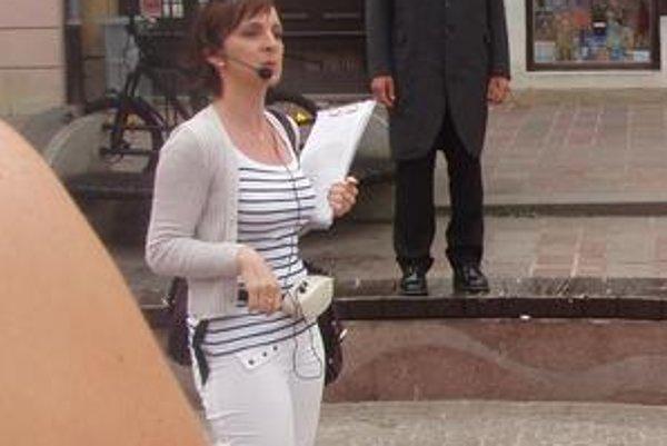 Andrea Sivaničová. Prešovom sprevádza už trinásť rokov.