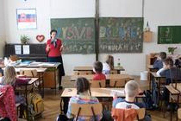 Školy. Vo Svidníku chcú dať šancu mladým učiteľom.
