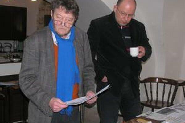 F. Vico a J. Rezník. Hodnotili nápad aj kresliarsku zručnosť.