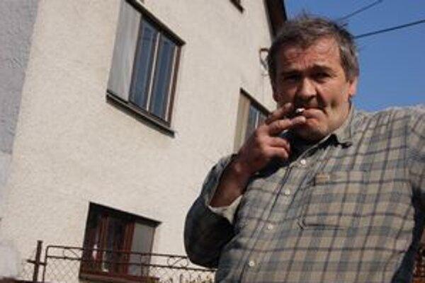František Varga podľa miestnych vyprovokoval bitku. On tvrdí, že napadli jeho.