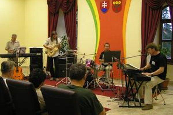 Gero Jazz Quartet. Zaujali poslucháčov všetkých vekových kategórií.